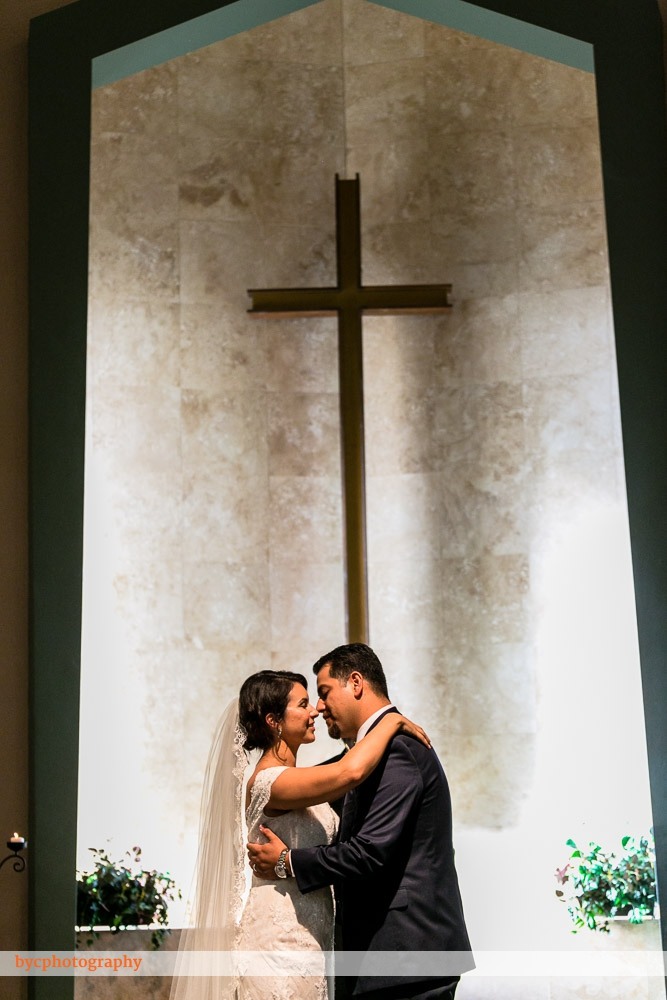 bycphotography-la-mirada-calvary-chapel-whittier-mission-square-wedding-jennifer-victor-010