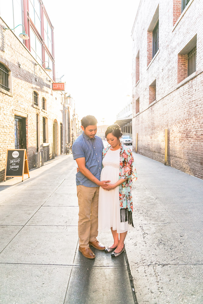 bycphotography-pasadena-old-town-alley-maternity-session-004