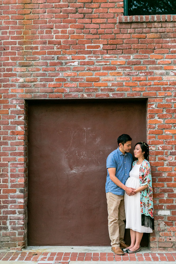 bycphotography-pasadena-old-town-alley-maternity-session-011