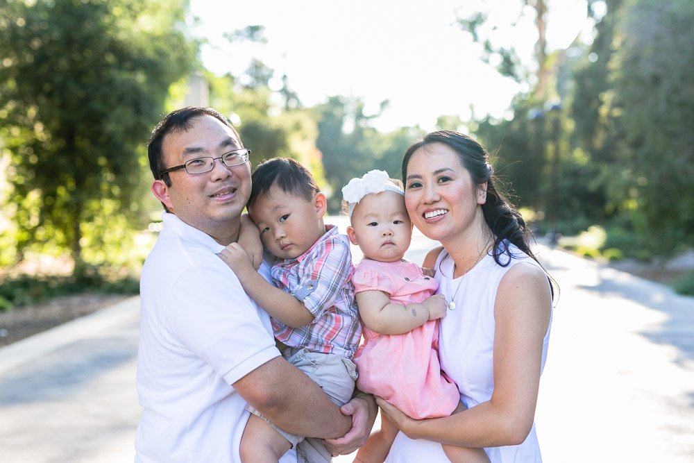 bycphotography-pomona-claremont-colleges-family-portraits-bak-family-001