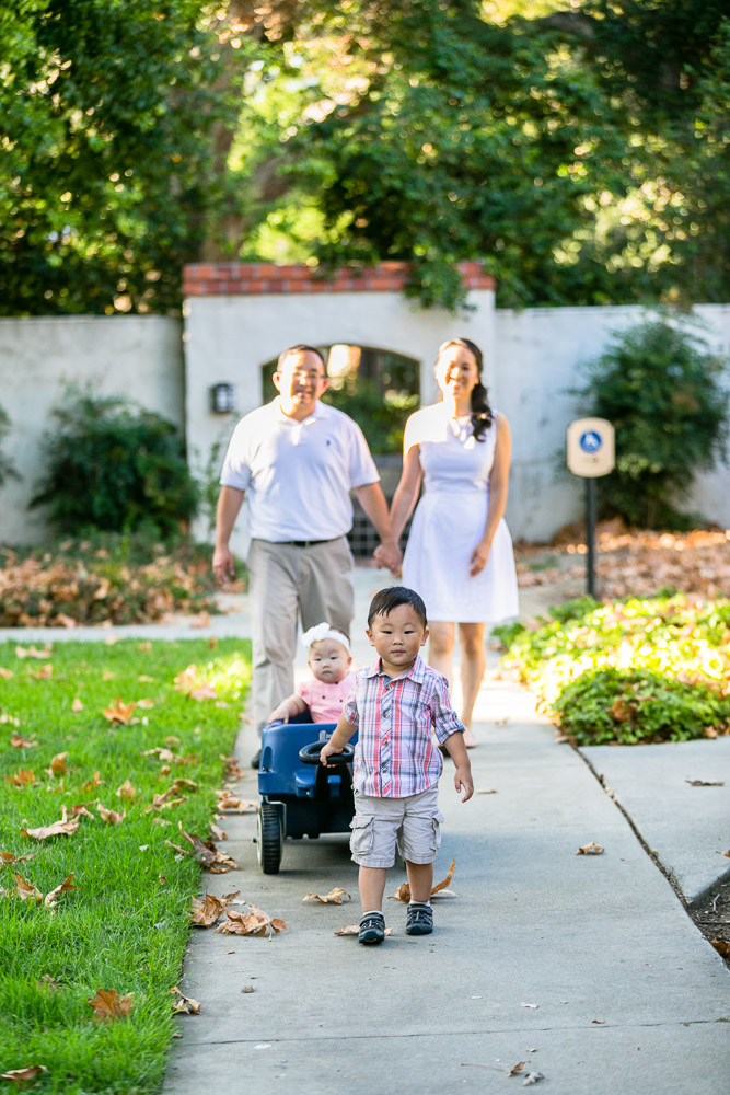 bycphotography-pomona-claremont-colleges-family-portraits-bak-family-006
