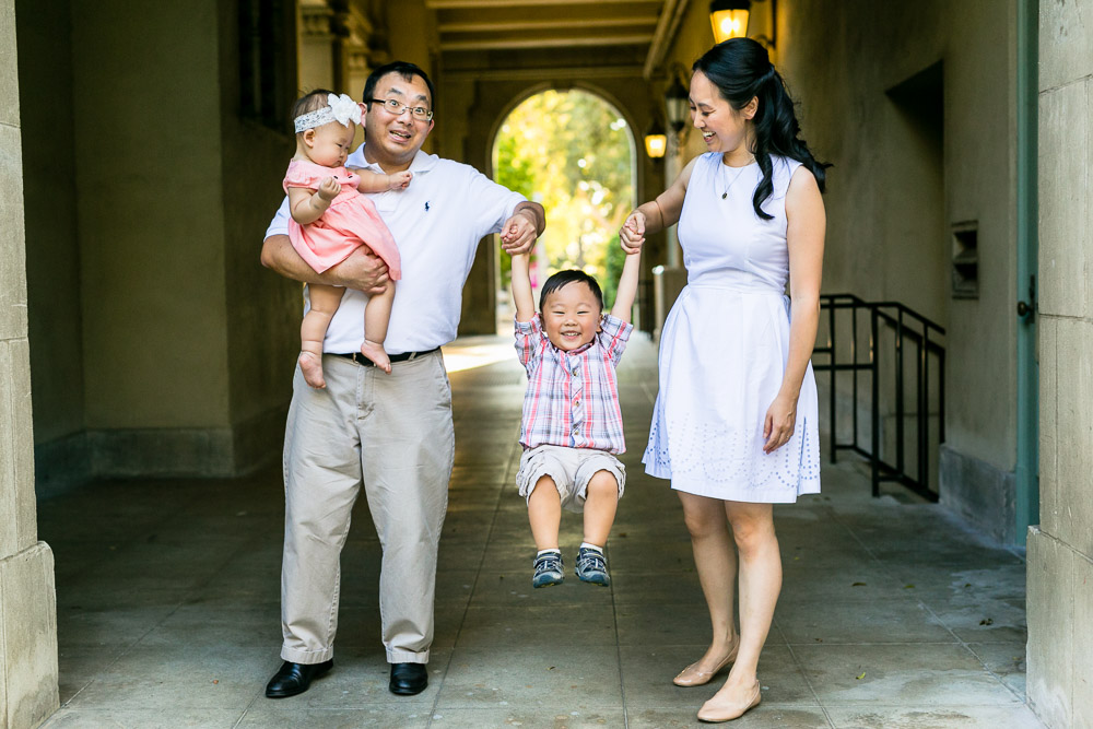bycphotography-pomona-claremont-colleges-family-portraits-bak-family-008