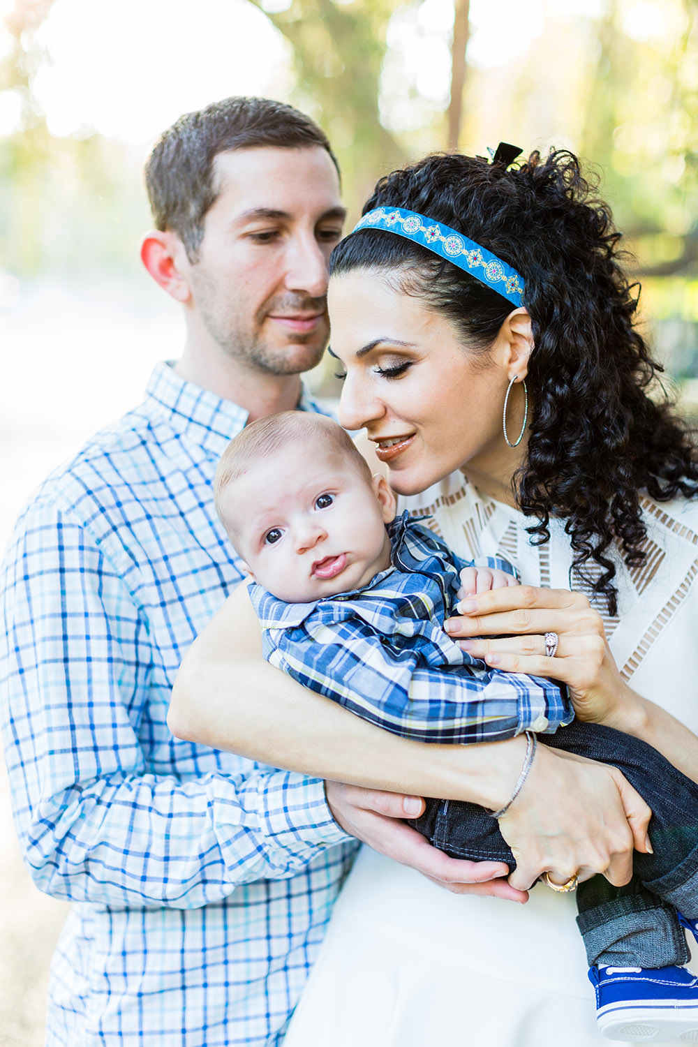 Family portraits session at Holmby Park in Beverly Hills, CA
